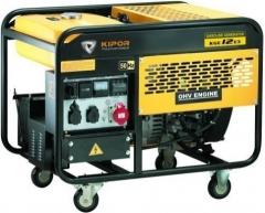 какое масло заливать в электрогенератор honda ecmt7000